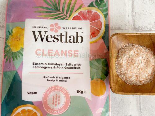 Westlab-cleanse-bathing-salts-texture-fragrance