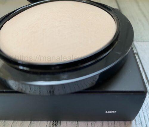 MAC-mineralize-skinfinish-natural-powder-light