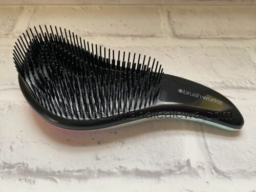 brushworks-HD-detangling-hair-brush