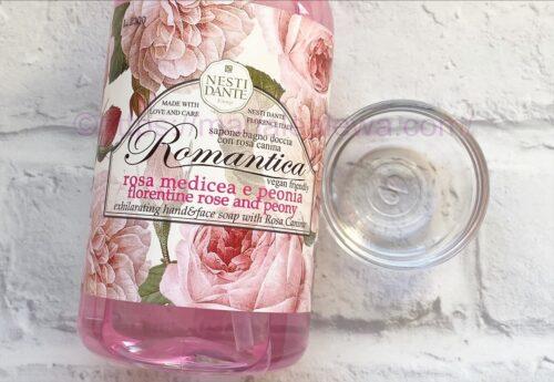 Nesti-Dante-rose-&-peony-liquid-soap-texture
