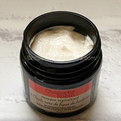 Christophe-Robi-regenerating-mask-with-rare-prickly-pear-seed-oil-texture