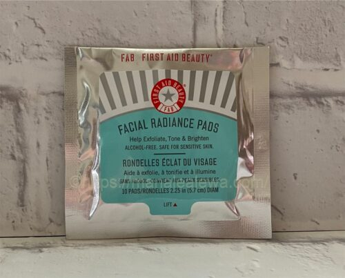 First-Aid-Beauty-faical-radiance-pads